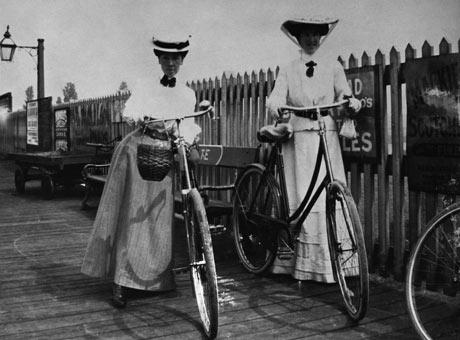 Edwardian Cyclists
